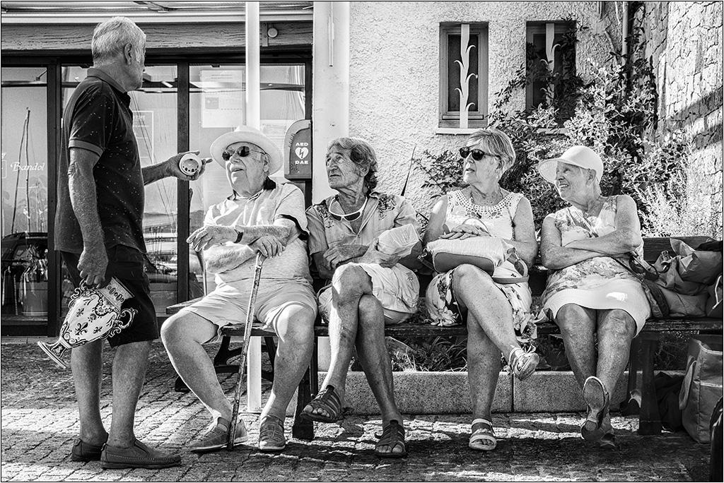[Rue et Instants de vie] Vive la retraite + ajout  P9023010