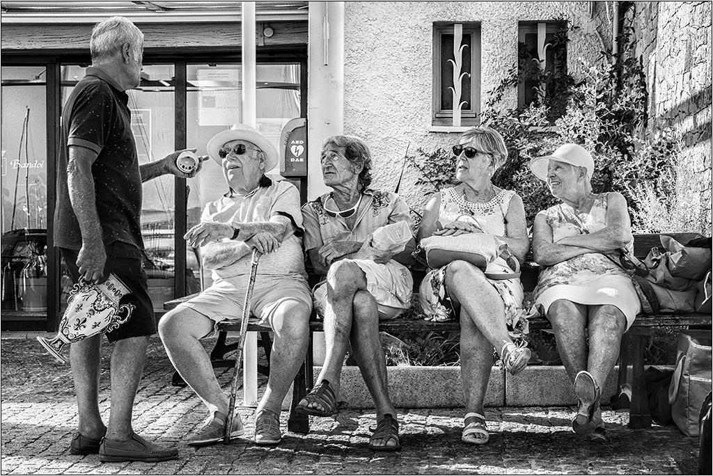 [Rue et Instants de vie] Vive la retraite + ajout  P9023012
