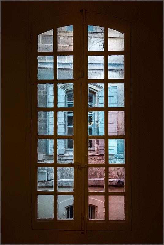 [Architecture et Graphisme] Par la fenêtre + V2  Pa193219