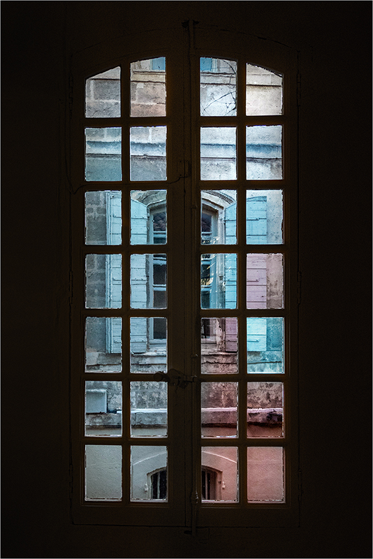 [Architecture et Graphisme] Par la fenêtre + V2  Pa193220