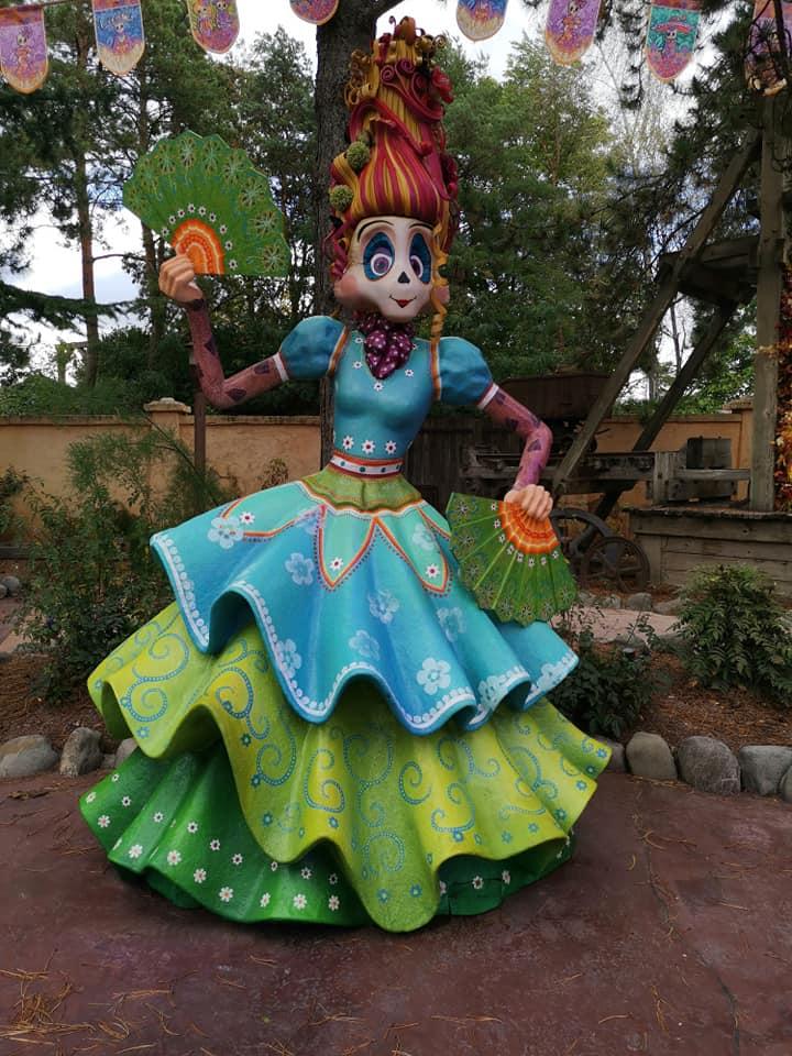 Disney du 3 au 4 octobre pour la saison d'halloween - Page 3 Disne228
