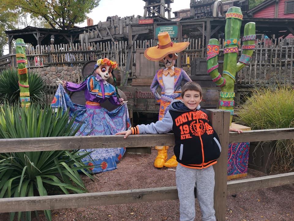 Disney du 3 au 4 octobre pour la saison d'halloween - Page 3 Disne238