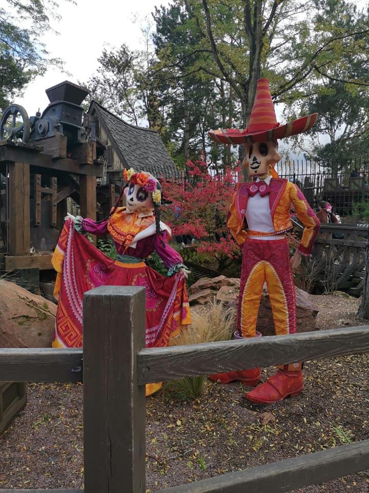Disney du 3 au 4 octobre pour la saison d'halloween - Page 3 Disne239
