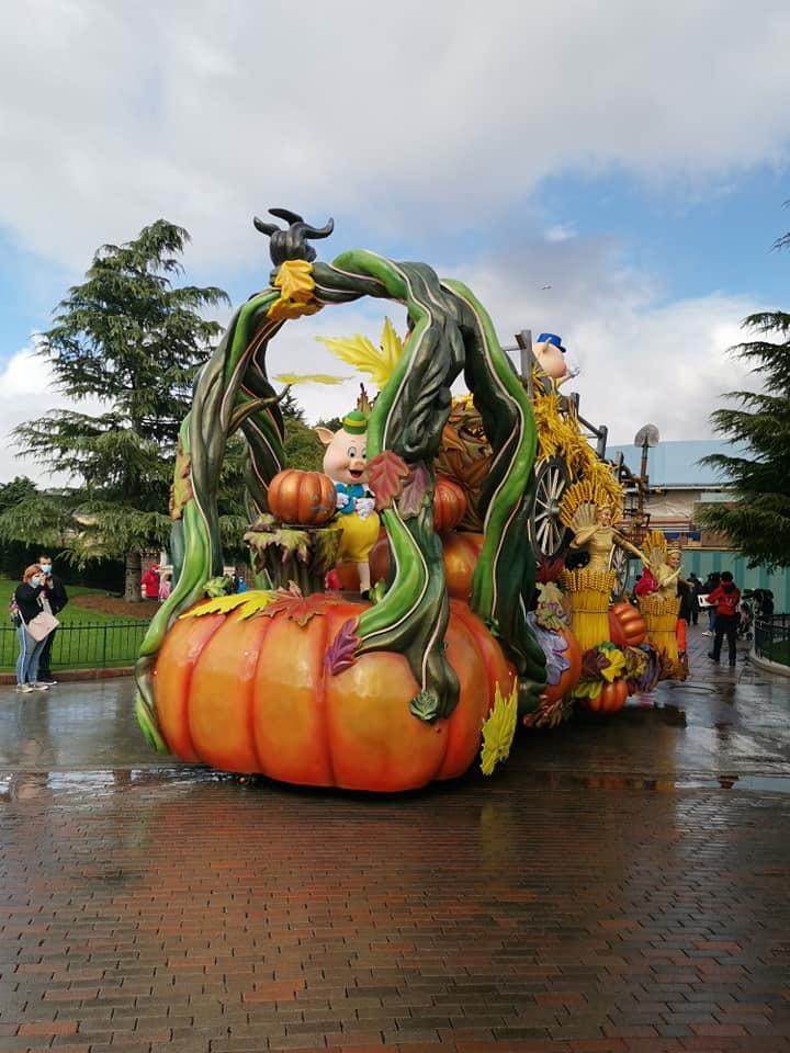 Disney du 3 au 4 octobre pour la saison d'halloween - Page 3 Disne243