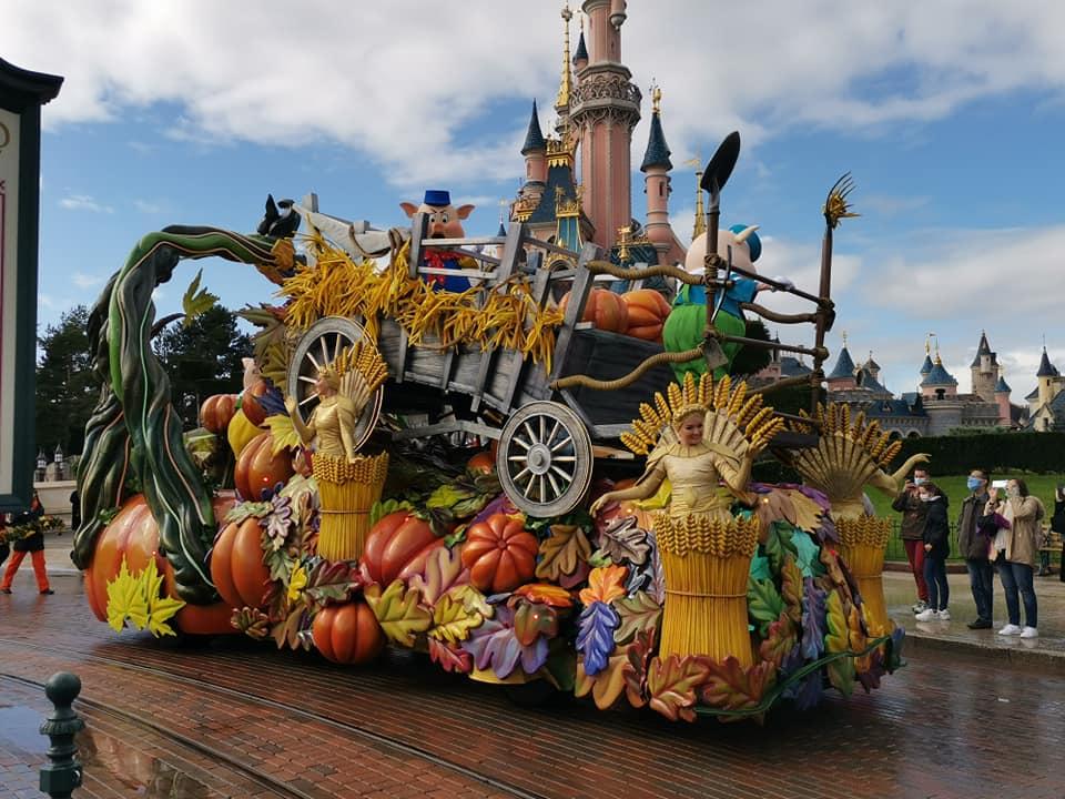 Disney du 3 au 4 octobre pour la saison d'halloween - Page 3 Disne244