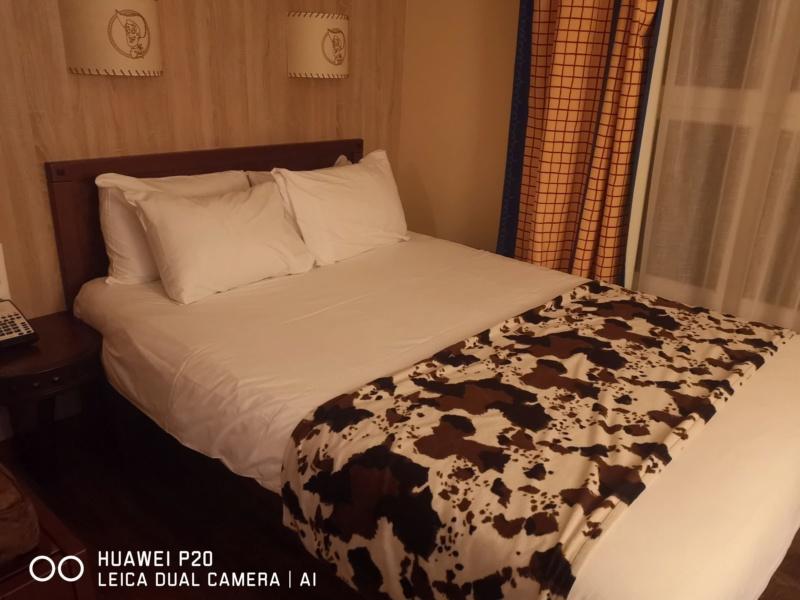 [Hôtel Disney] Disney's Hotel Cheyenne - Page 3 Img_2356