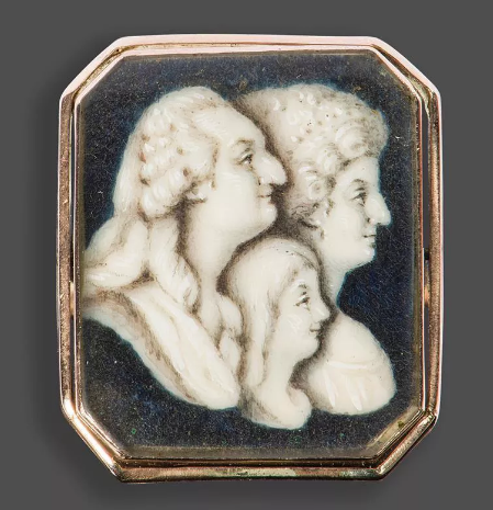 A vendre: miniatures de Marie Antoinette et de ses proches - Page 14 Tzolzo10