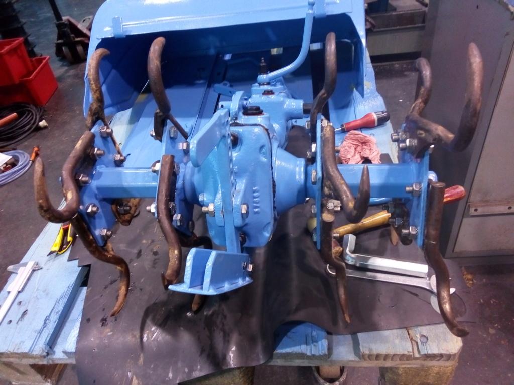 restauration - Restoration d'un Rotovator Img_2099