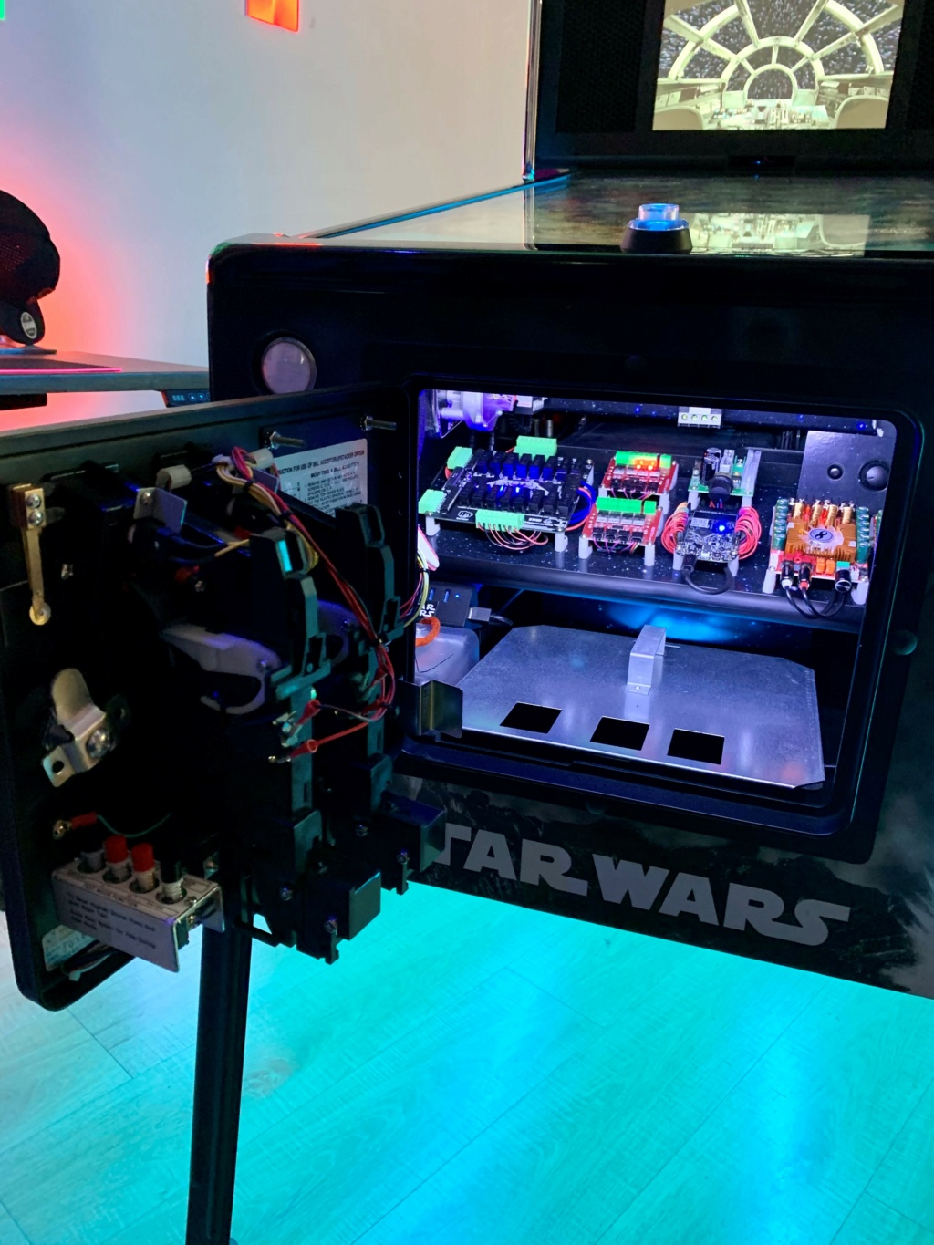 "[TERMINÉ] Star Wars 43"" 120Hz 4K / DMD 15.6"" + Pin2DMD Pincab98"