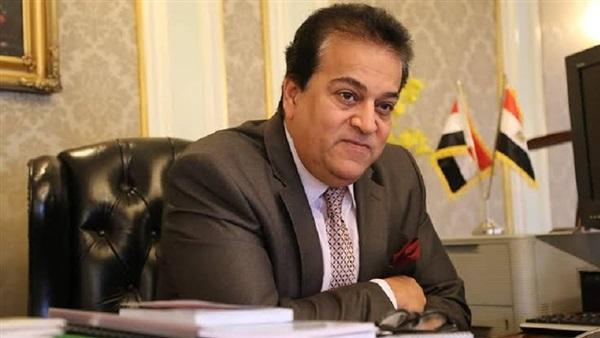 د/ خالد عبد الغفار يعلن موعد عودة الدراسة بالجامعات 2101