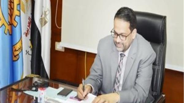 تحقيق عاجل مع مدير مدرسة بالغربية صفع تلميذ على وجهه 49510