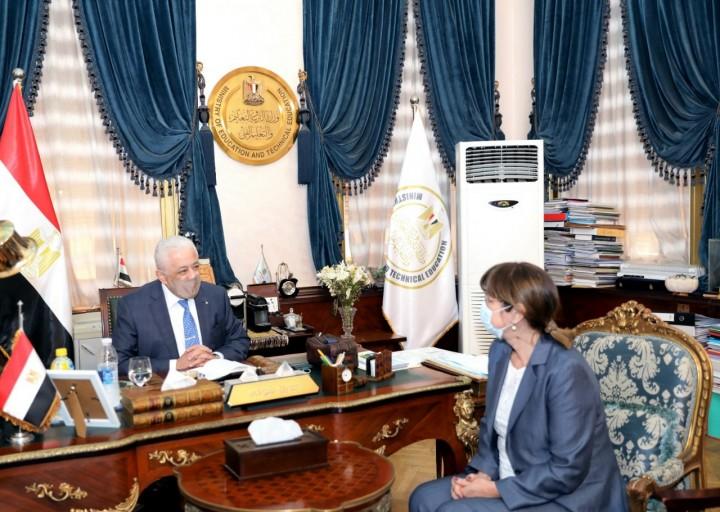 إيلينا بانوفا مُنسقة الأمم المتحدة تشيد بجهود الوزير طارق شوقي في اصلاح نظام التعليم Ac_ia_10