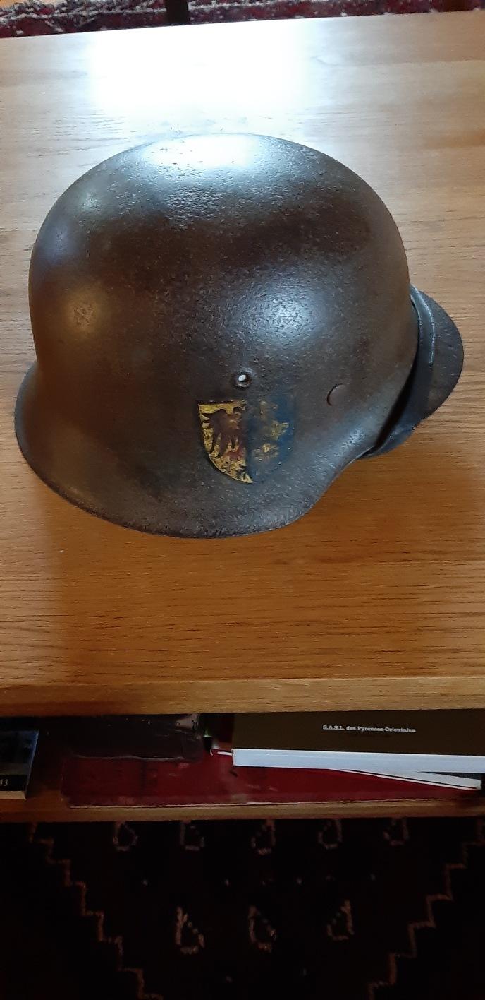 Casque allemand pour identification  4e8fc610