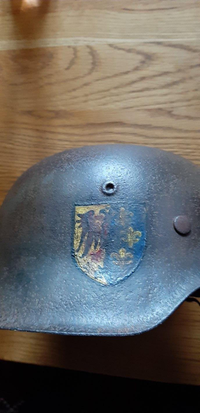 Casque allemand pour identification  853e3910