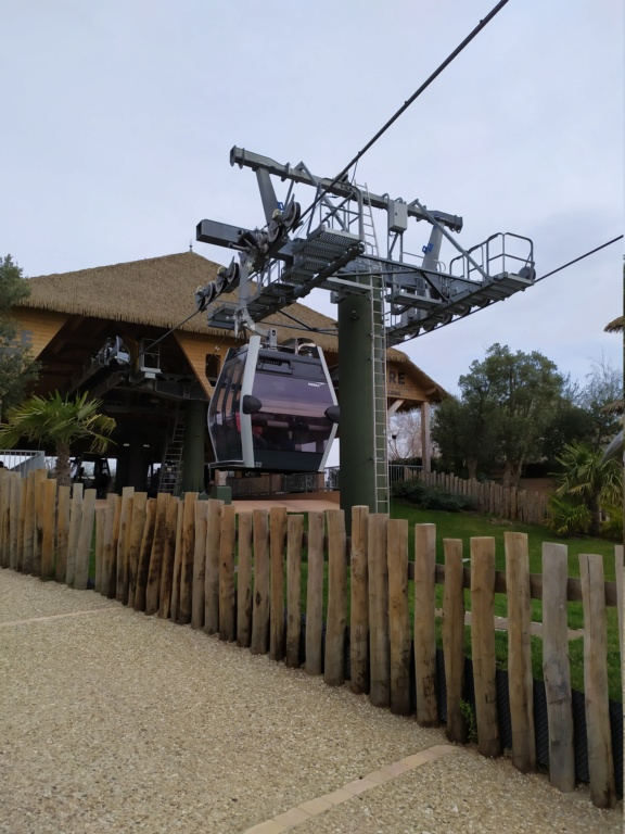 Télécabine débrayable (TCD8) Nuage de Beauval – Zoo de Beauval Img_2014