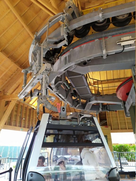 Télécabine débrayable (TCD8) Nuage de Beauval – Zoo de Beauval Img_2020