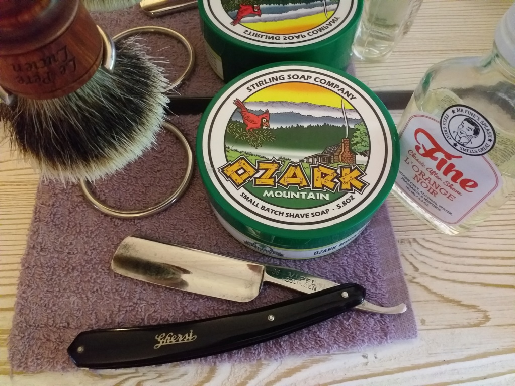 Shave of the Day / Rasage du jour 20190546