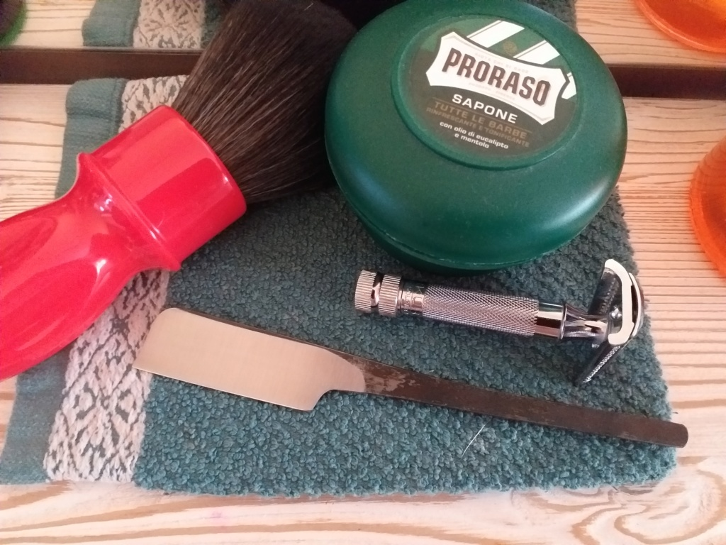 Shave of the Day / Rasage du jour - Page 39 20200432