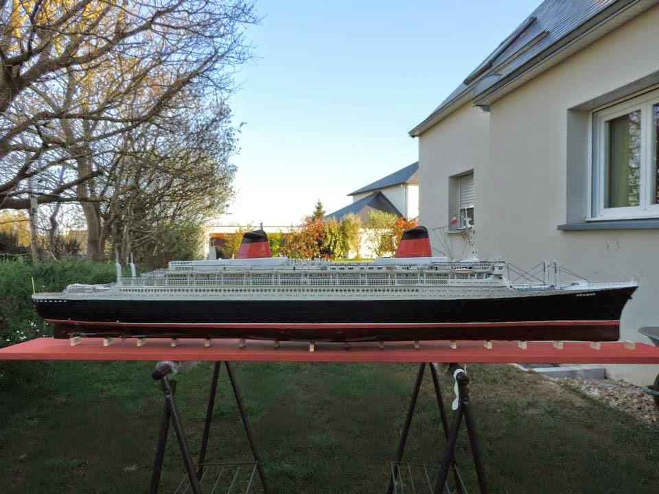 Le FRANCE  1/200°   New Cap Maquettes par Calpe 11584_10