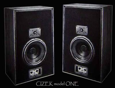 Altavoces del mes III Cizekm10