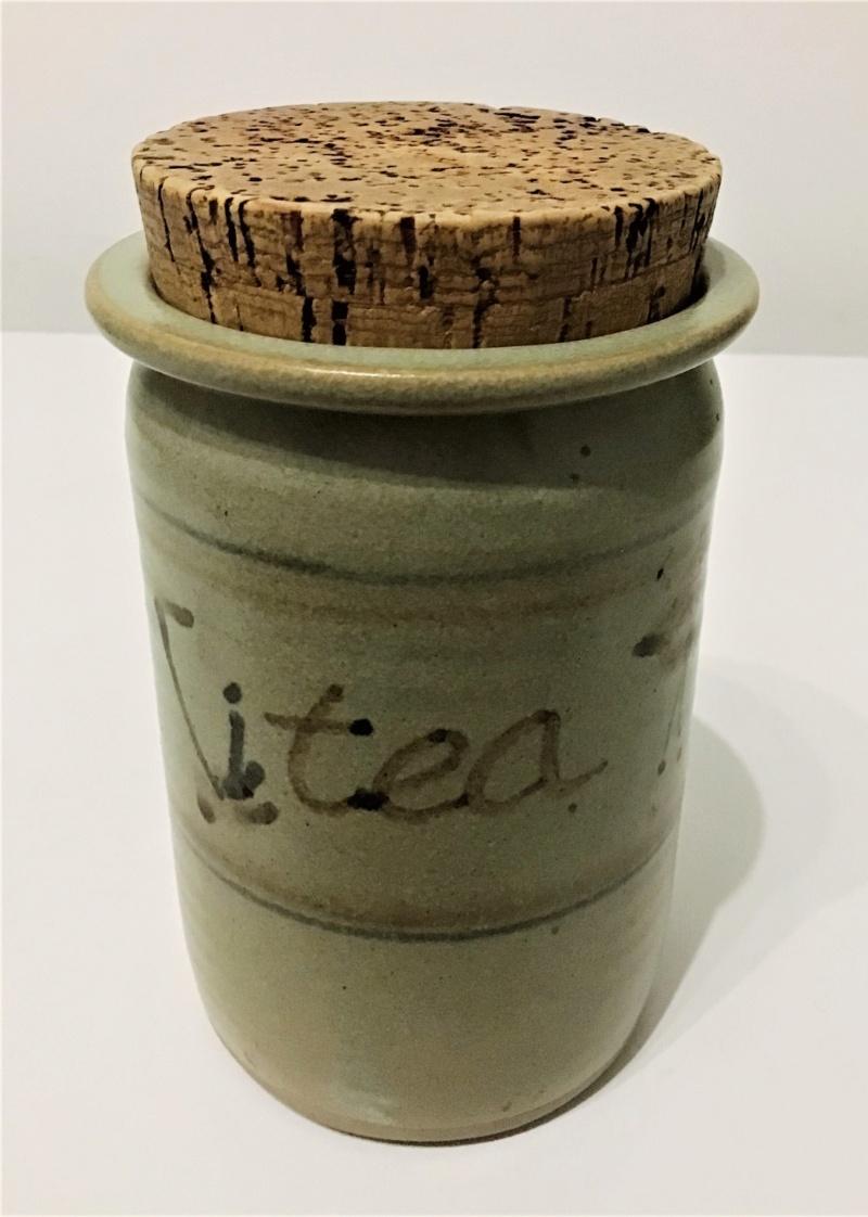 Utilitarian Tea Caddy - Ken Cameron, Crucible Pottery  Img_5421
