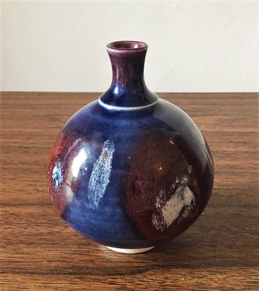 Porcelain Bud Vase - JR mark - John Rivers Jr_pot10