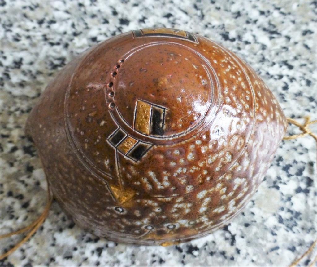 Unmarked Aztec Feel Saltglazed bowl thingymabob P1090922