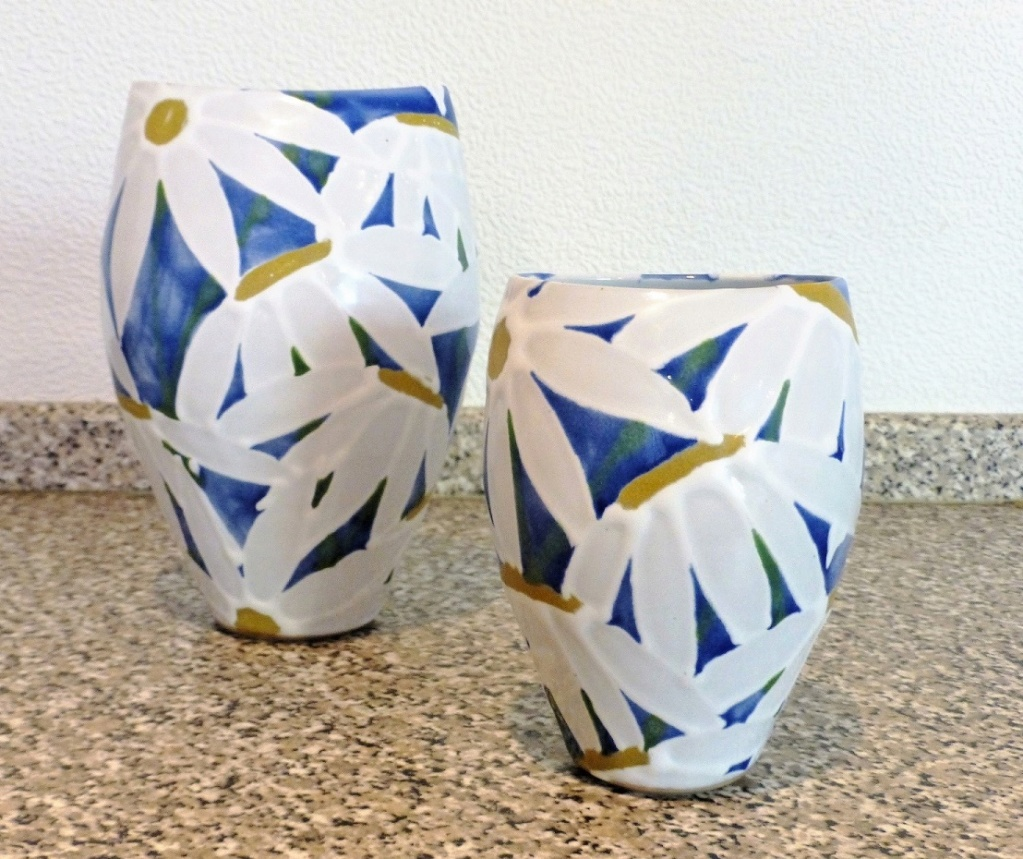 Dartington Pottery - Page 8 P1110612