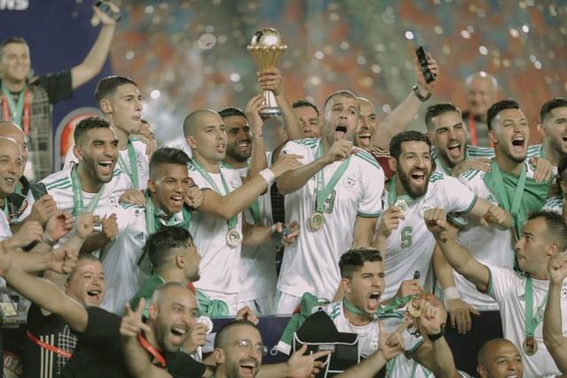 l'Algérie gagné le Sénégal et règne à nouveau sur l'Afrique ! 67294411