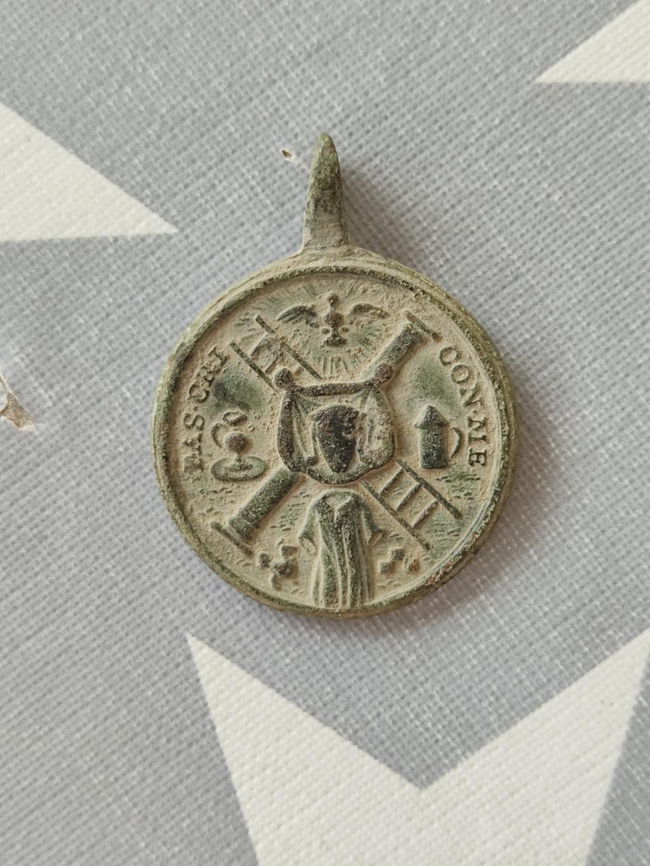 Medalla a identificar Img_2017