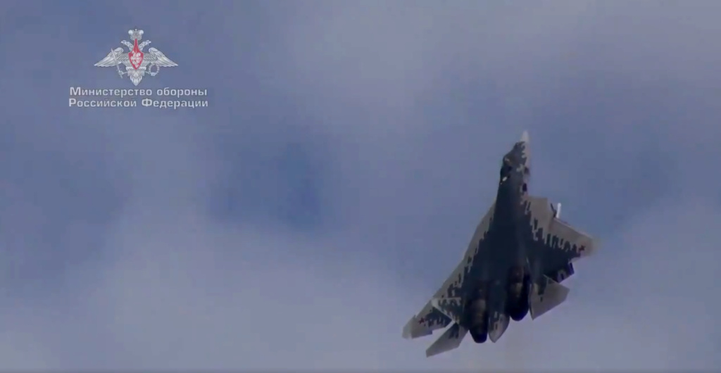 Su-57 Stealth Fighter: News #6 - Page 9 Lat_0310