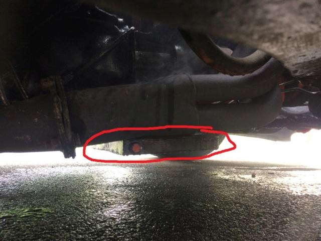 Grosse fuite d'huile par les reniflards > filtre à air  Img_7710