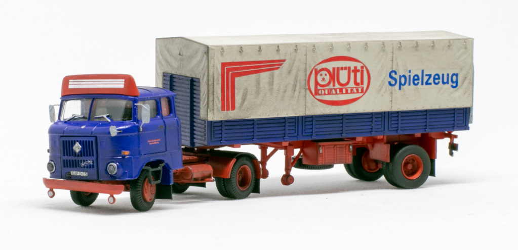 W50 Sattelzug Doppelkabine mit Ladebordwand Img_7315