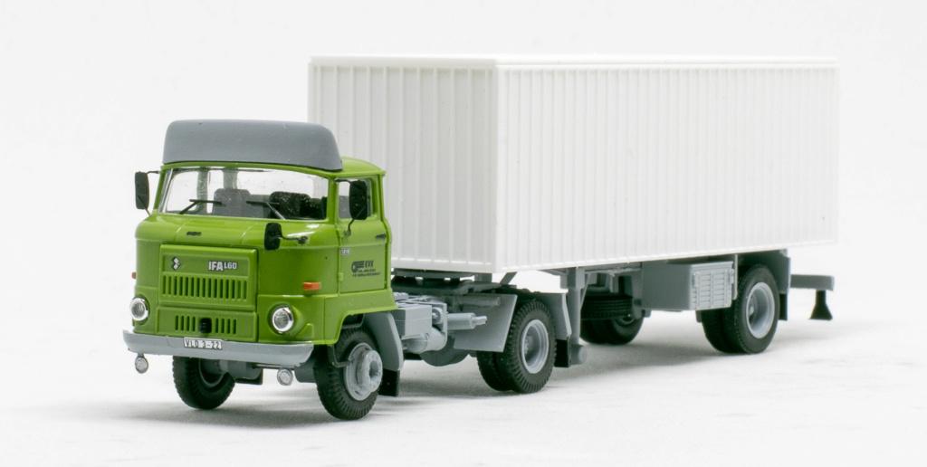 L60 Sattelzugmaschine mit Kofferauflieger Img_7645