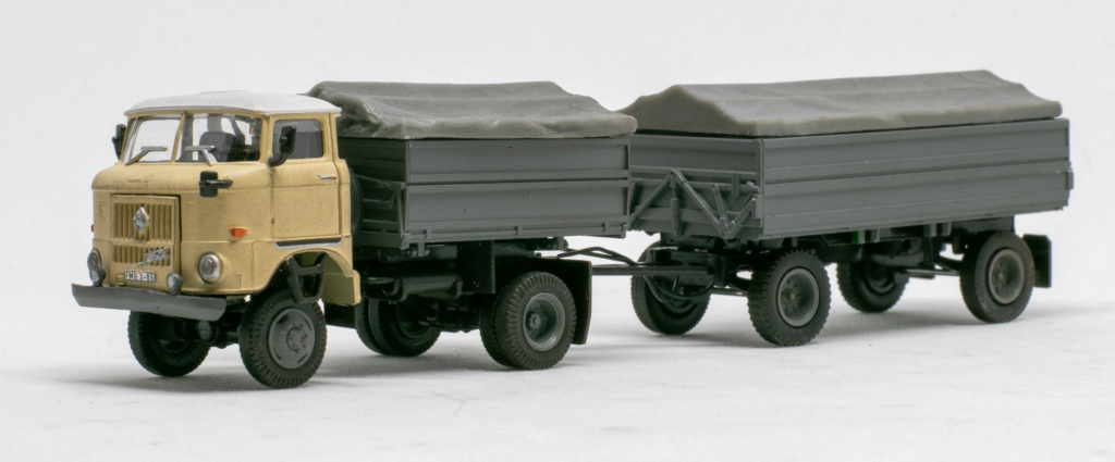 Zweiseitenkipper W50 LA/Z 2SK 5-ND mit Anhänger HW80 Img_7723