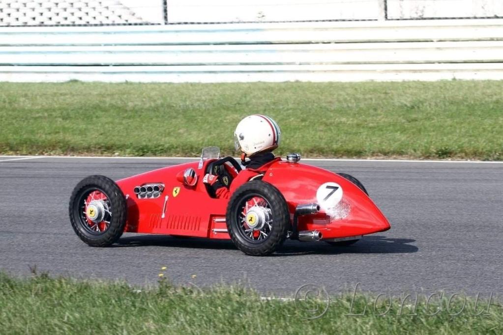 Mini Ferrari F500 f2 1952 thermique échelle 1/2 6717b210