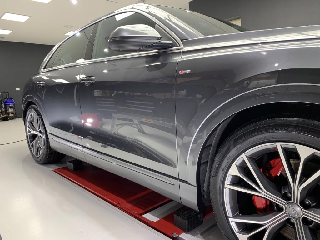Admin&Bro vs Audi Q8 Img_1311