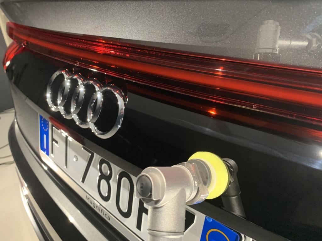 Admin&Bro vs Audi Q8 Img_9543