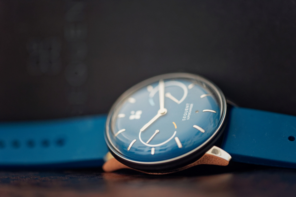 Sequent : Smartwatch a rechargement Kinetique Dsc_6113