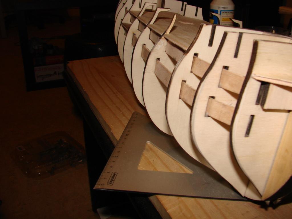 HMS Victory Constructo Echelle 1:94 - Page 2 Dsc06920