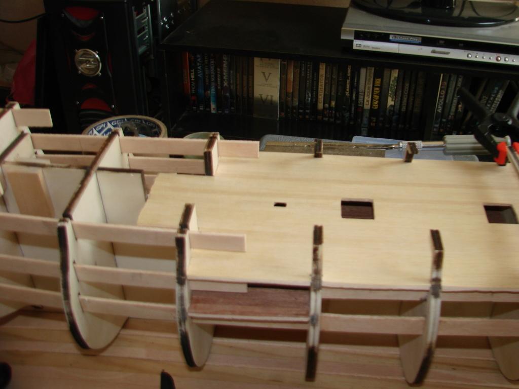 HMS Victory Constructo Echelle 1:94 - Page 2 Dsc06925