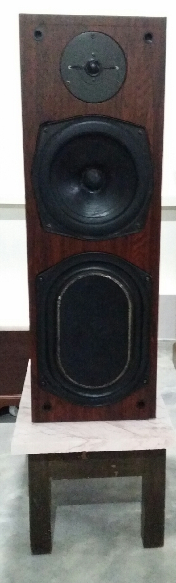 KEF Reference 104 Speakers Photo_11