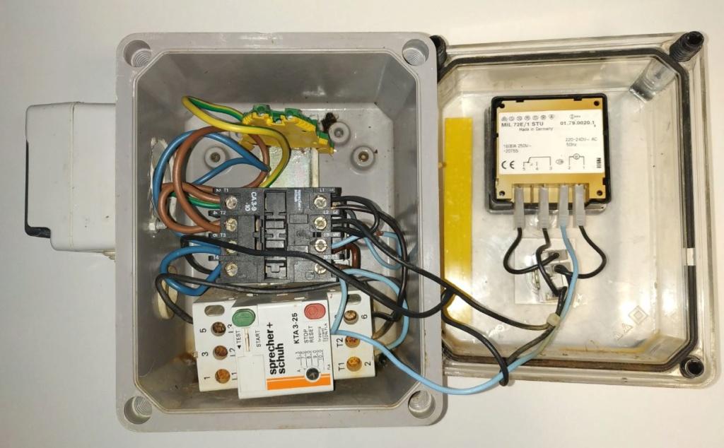 Changer le coffret electrique Escawat Coffre11