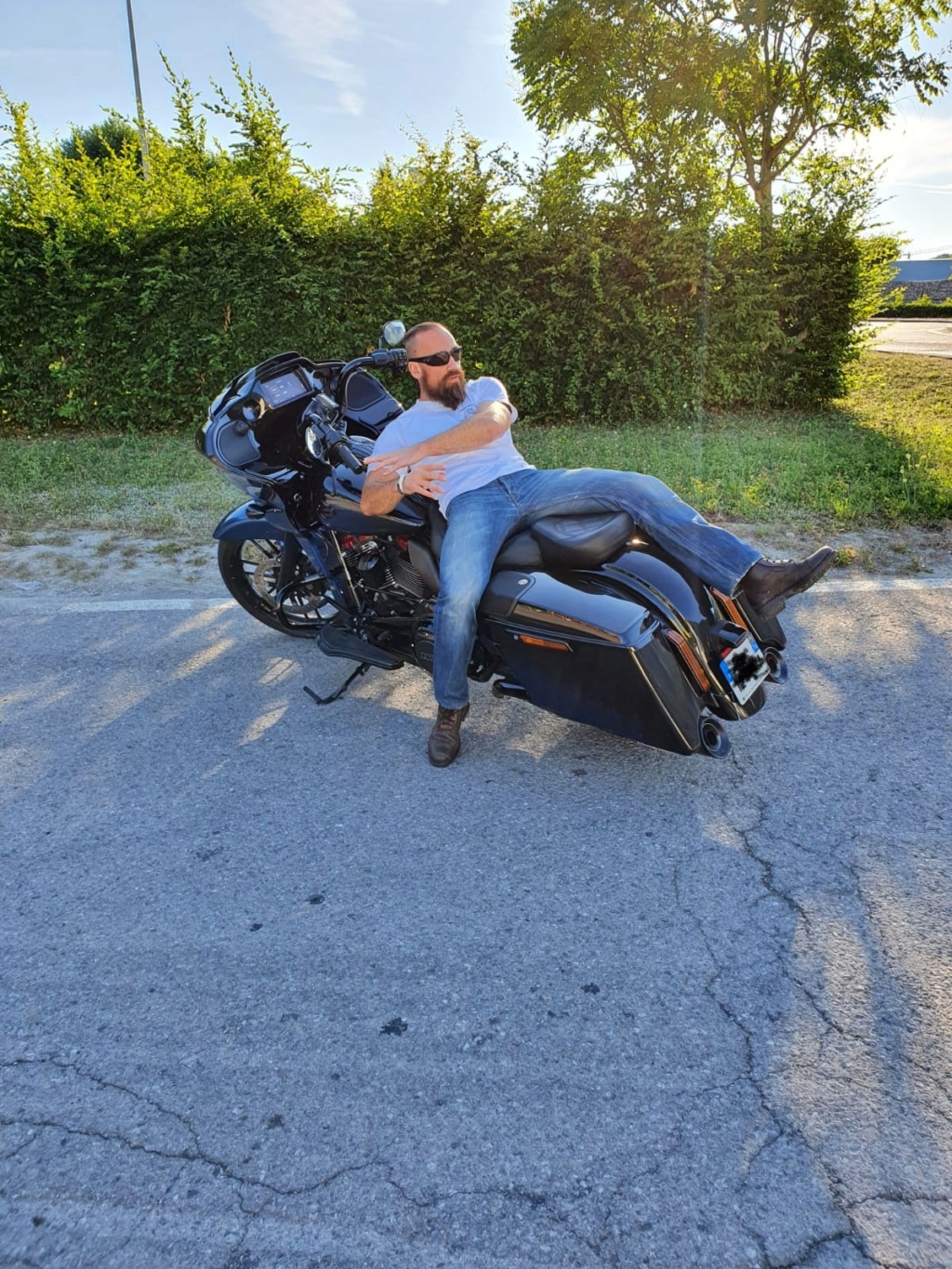 Road Glide CVO, combien sommes nous sur Passion-Harley - Page 19 0b2f2610