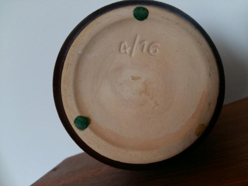 Scheurich? 16 cm Lava vase in dark red and orange, marked 4/16 20201125