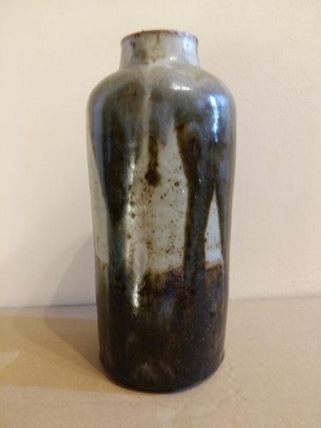 23 cm vase signed A.Fulton (?) 20201212
