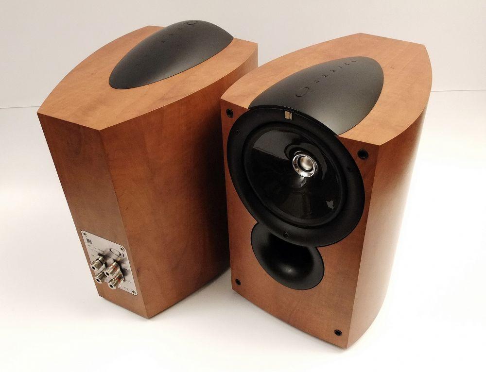 impianto da home video+musica solo stereo+ centrale...come fare un bel lavoro? Kef_q111