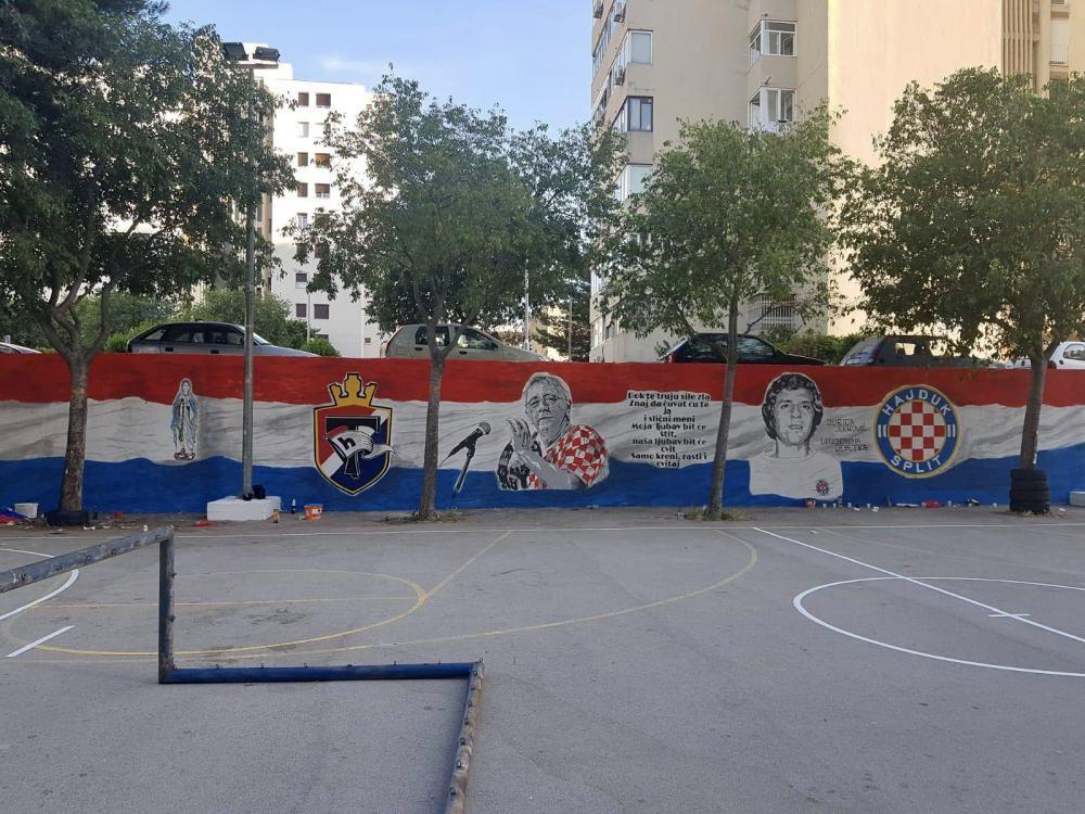 Cestitke Hajdukovoj dici - Page 5 2e046410