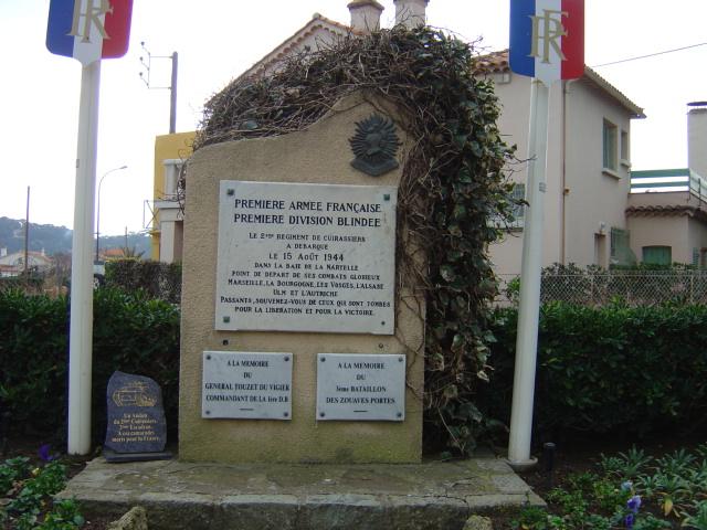 Chars et lieux de mémoire du 2e Cuirassiers 1944/45 01_la_12