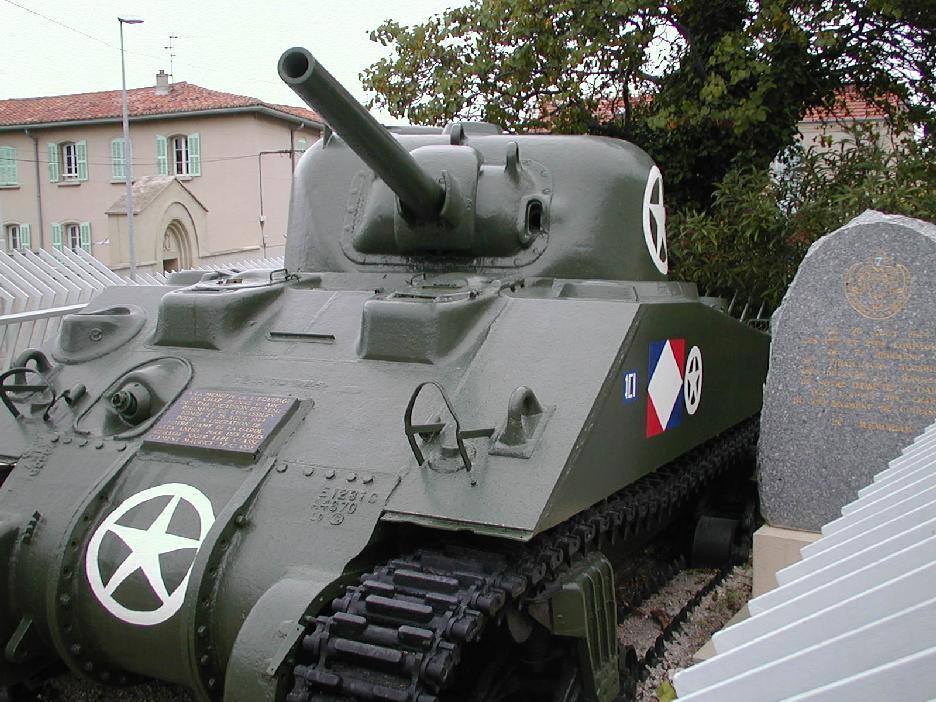 Chars et lieux de mémoire du 2e Cuirassiers 1944/45 02_mar11
